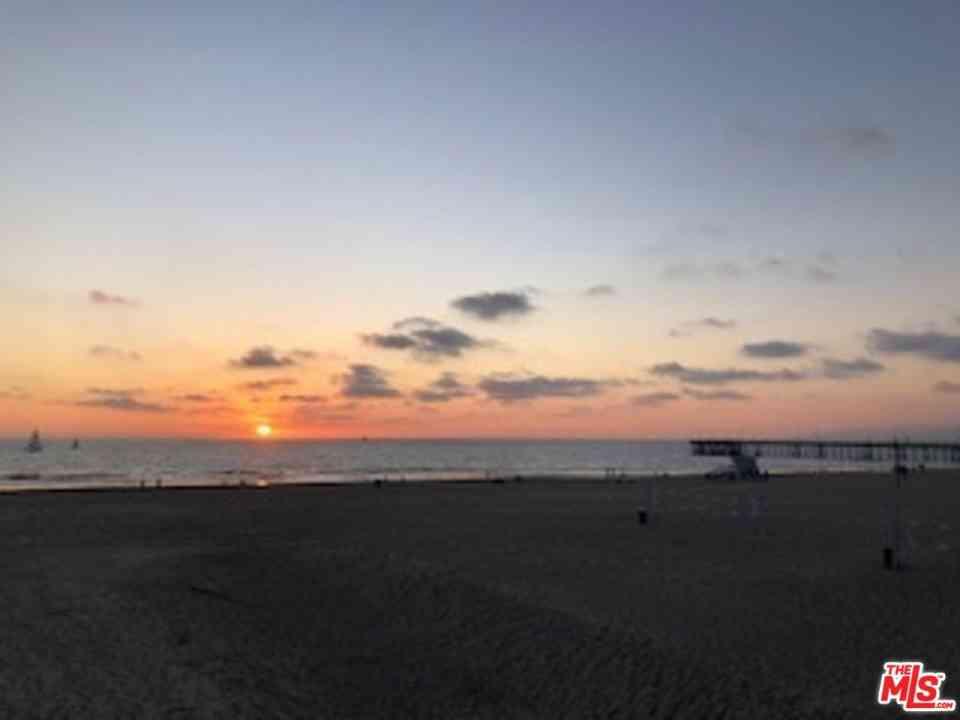 4001 OCEAN FRONT Walk, Marina Del Rey, CA, 90292,