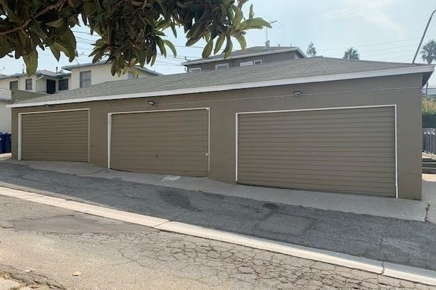 7131 La Tijera Boulevard BLD