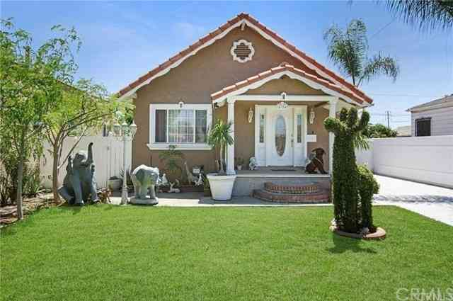 4324 E 56th Street, Maywood, CA, 90270,