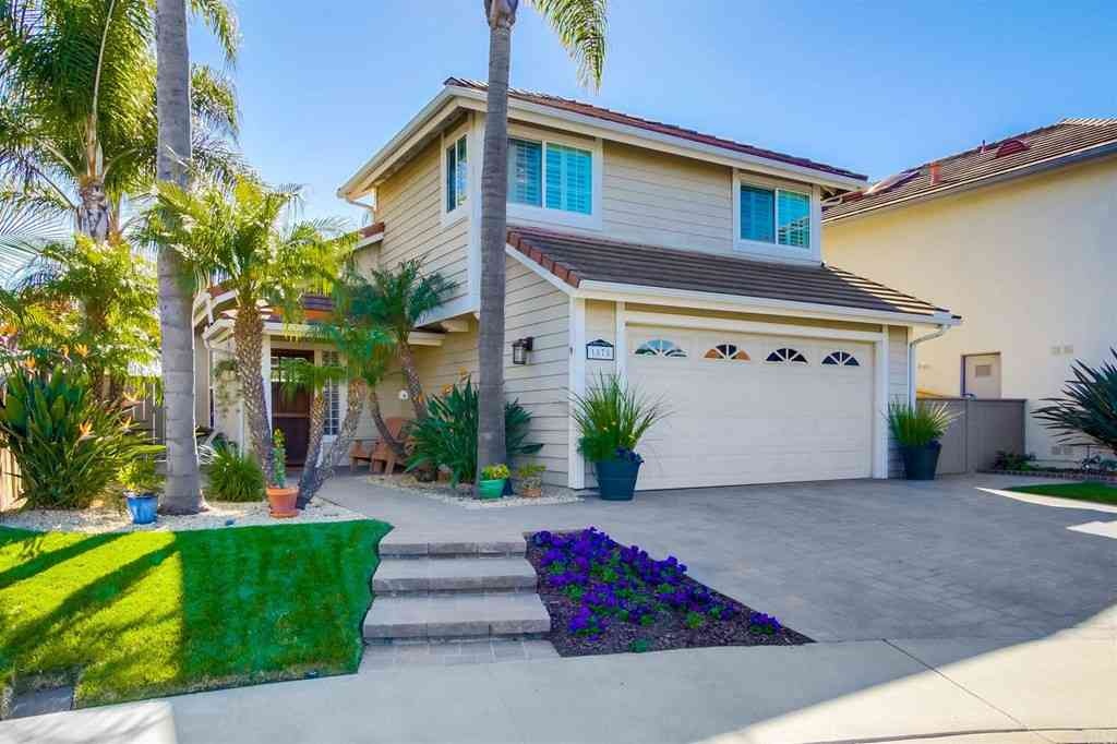 1878 Burnt Maple Way, Vista, CA, 92081,