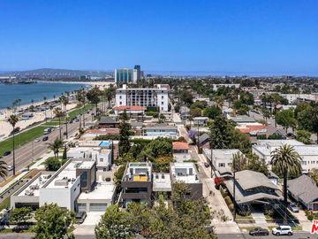 11 Temple Avenue, Long Beach, CA, 90803,