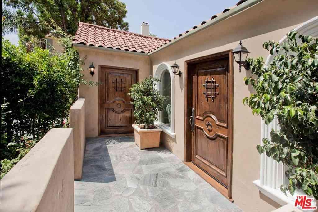 1049 S Stanley Avenue, Los Angeles, CA, 90019,
