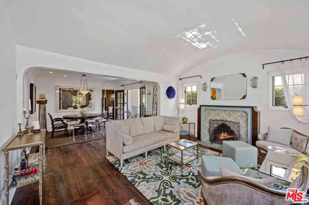 9007 Norma Place, West Hollywood, CA, 90069,