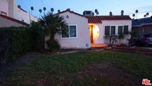 1356 Elm Avenue, Glendale, CA, 91201,