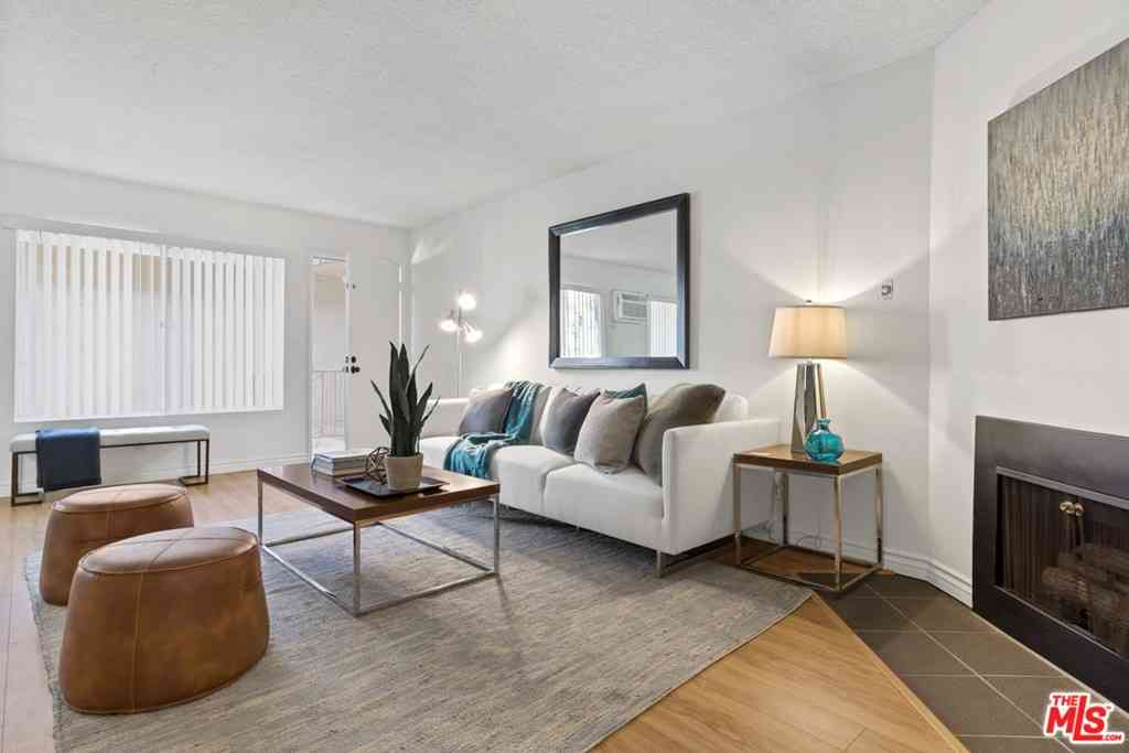2141 S Bentley Avenue #204, Los Angeles, CA, 90025,