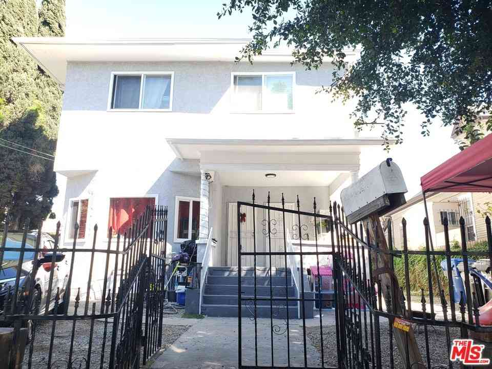 1839 W 11Th Place, Los Angeles, CA, 90006,