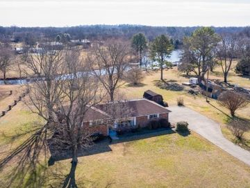 113 Cumberland Shores Dr, Hendersonville, TN, 37075,