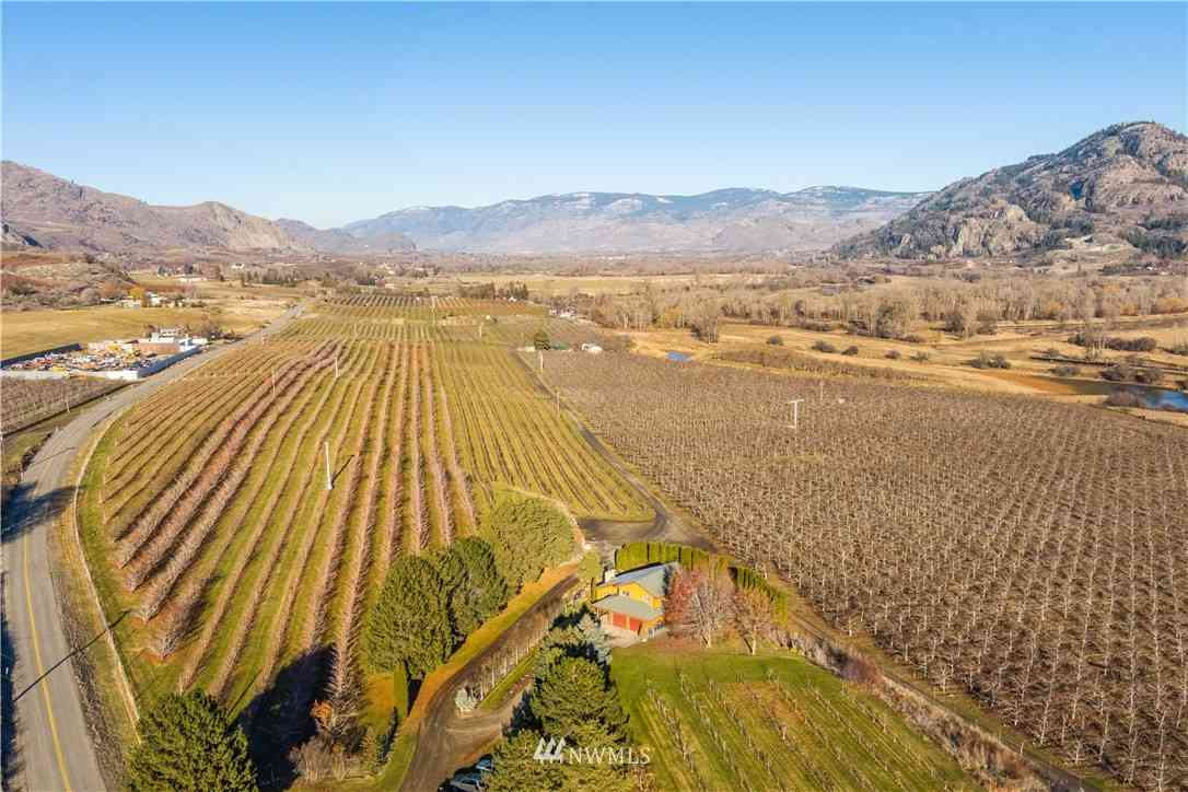 1836 Highway 7, Oroville, WA, 98844,