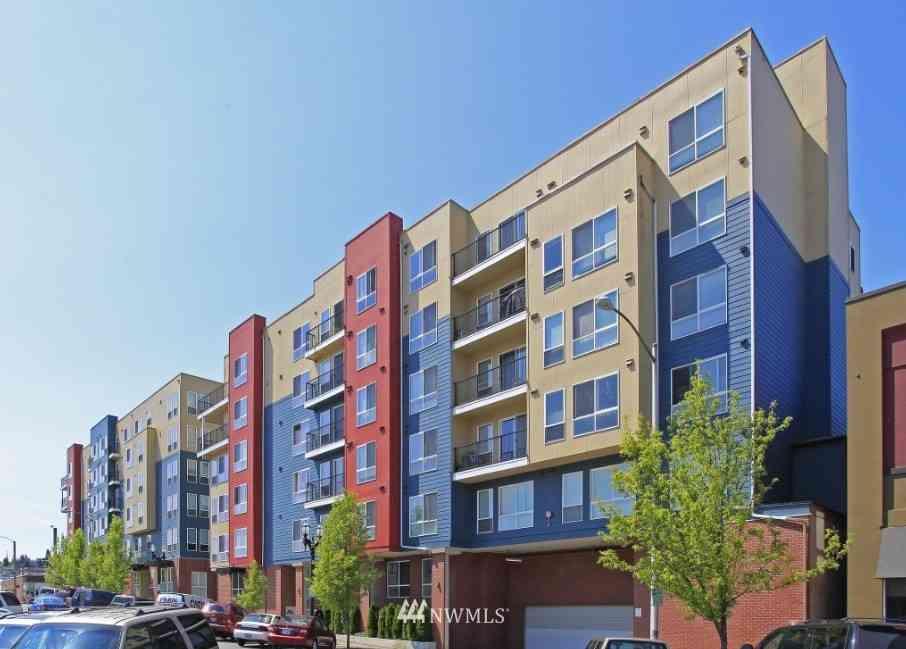 2818 Grand Avenue #B609, Everett, WA, 98201,
