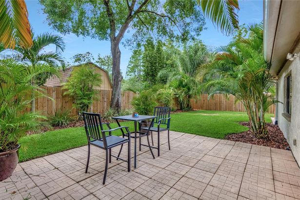 12104 CYPRESS HOLLOW PLACE