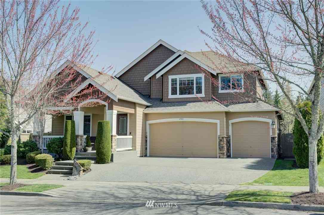 6502 Sword Fern Avenue SE, Snoqualmie, WA, 98065,