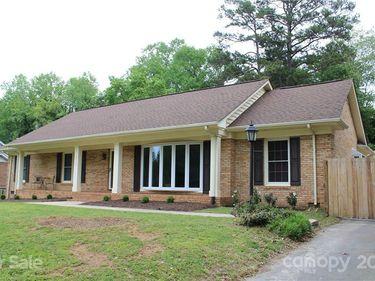 8100 Cliffside Drive, Charlotte, NC, 28270,
