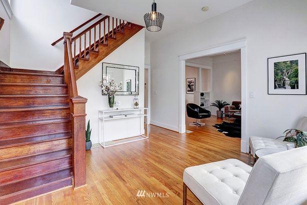 406 21st Avenue