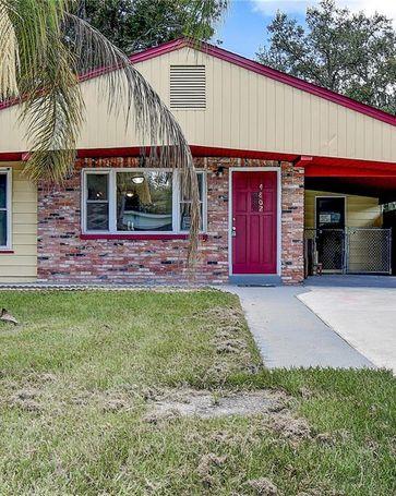 4802 PLUM STREET Zephyrhills, FL, 33542