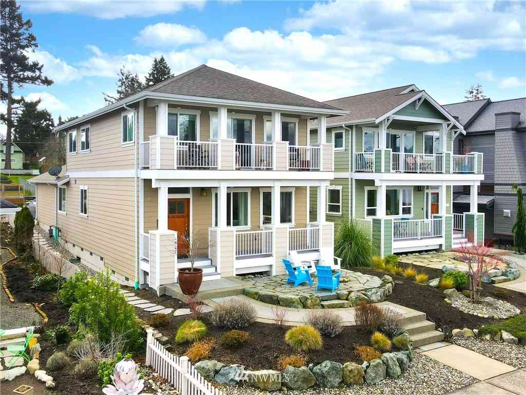 1607 6th Street, Anacortes, WA, 98221,