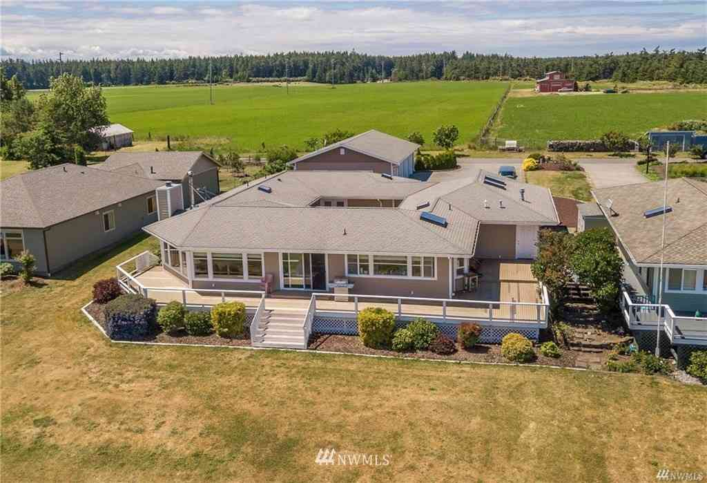 24 Mouw Lane, Coupeville, WA, 98239,