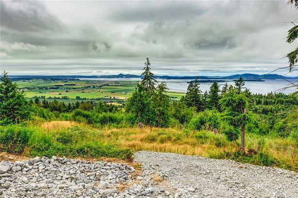 3263 Blanchard Knob Trail