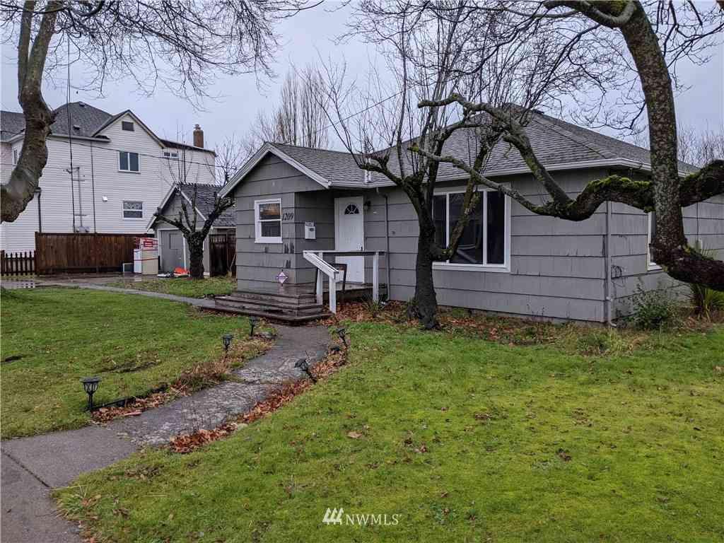 1209 Battersby Avenue, Enumclaw, WA, 98022,