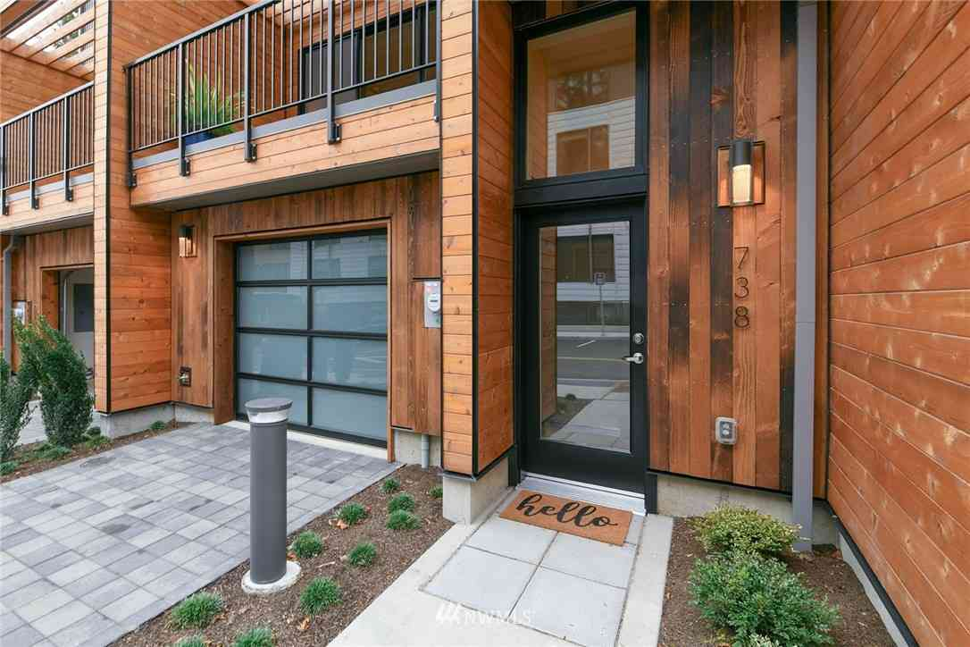 738 Hanami Lane NE, Bainbridge Island, WA, 98110,