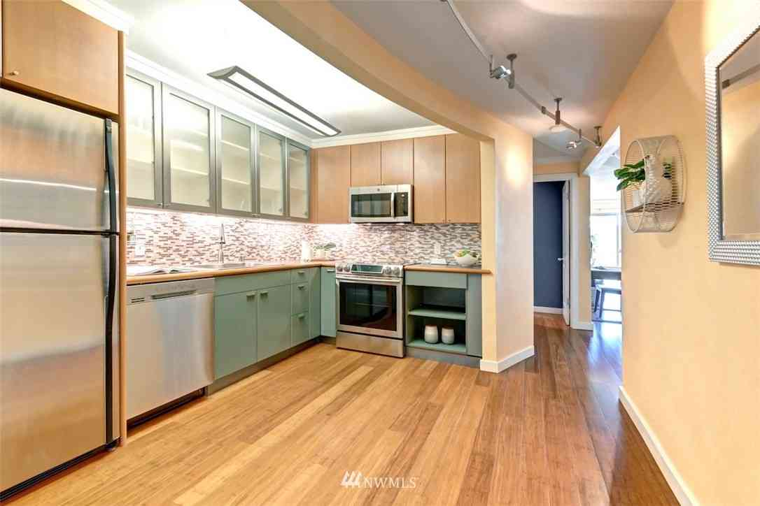 732 11th Avenue E #304, Seattle, WA, 98102,