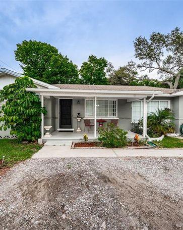1625 DRUID ROAD E Clearwater, FL, 33756
