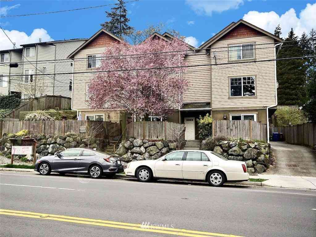 13717 Greenwood Avenue N, Seattle, WA, 98133,