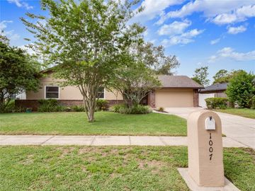 1007 FOREST CIRCLE, Winter Springs, FL, 32708,