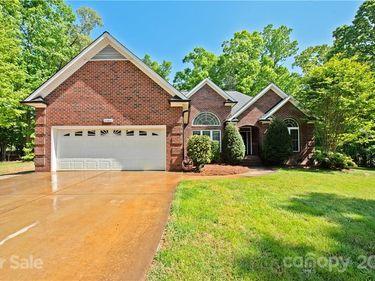 10401 Mt Olive Estates Drive, Mount Pleasant, NC, 28124,