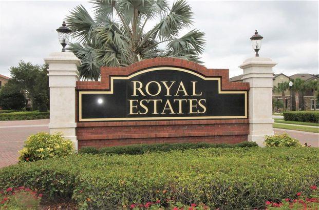 9588 ROYAL ESTATES BOULEVARD