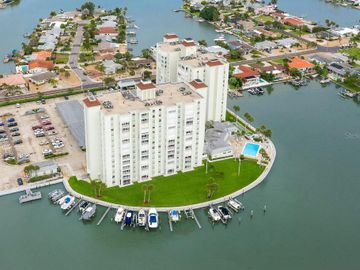 400 64TH AVENUE #305, St Pete Beach, FL, 33706,