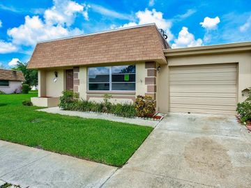 8450 VENDOME BOULEVARD N #5, Pinellas Park, FL, 33781,