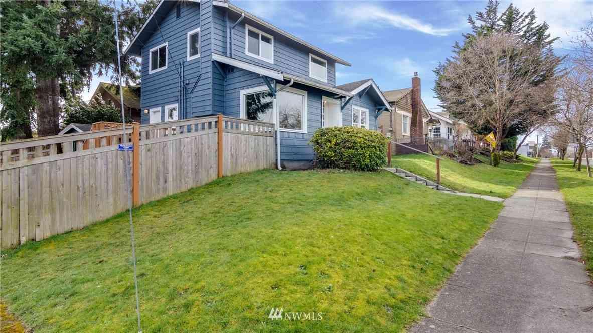 2720 16th Street, Everett, WA, 98201,