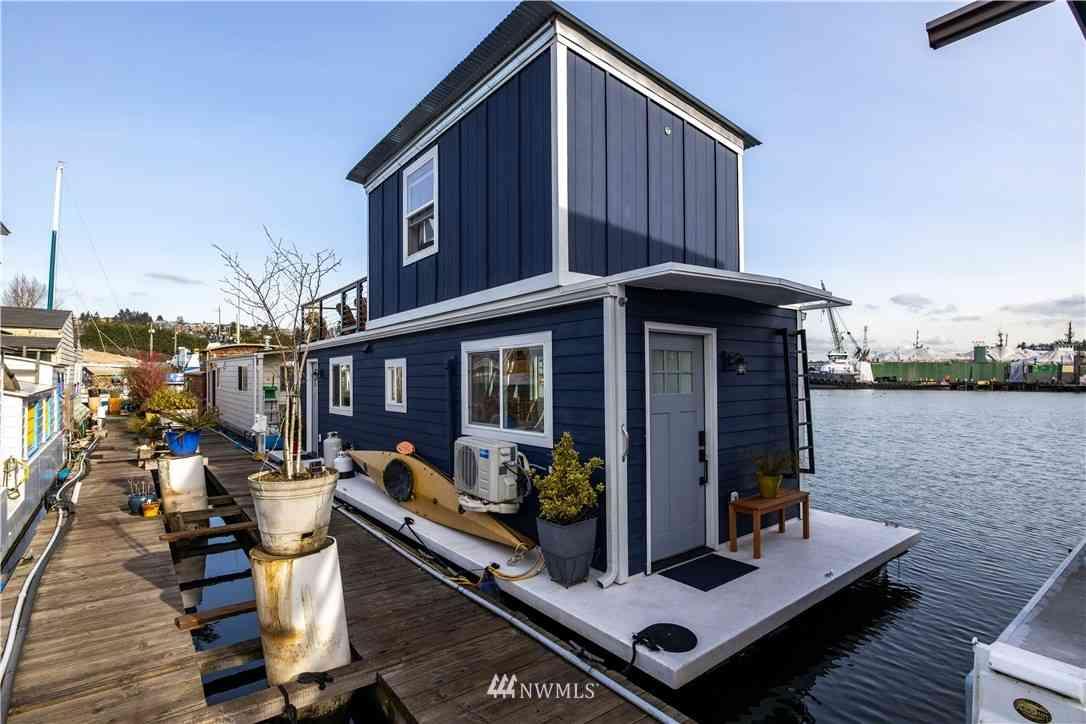 1080 W Ewing Place #E5, Seattle, WA, 98119,