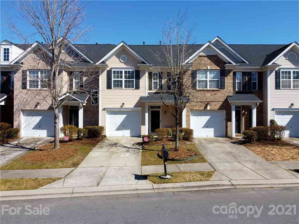 9676 Walkers Glen Drive NW, Concord, NC, 28027,