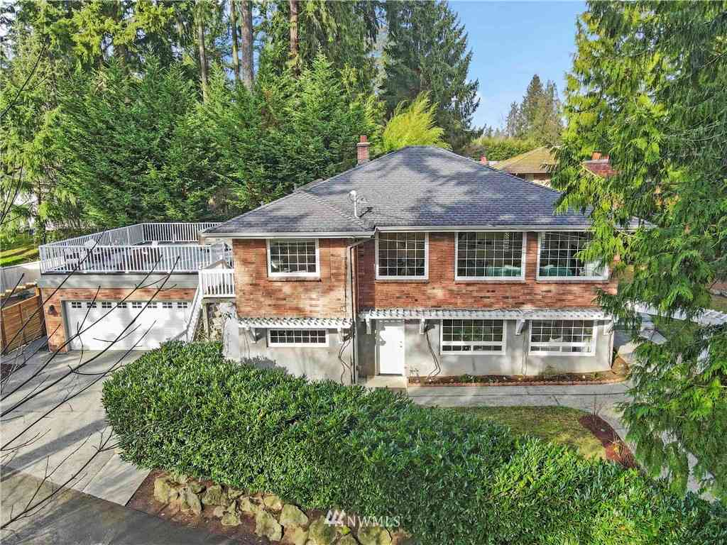 1245 112th Avenue NE, Bellevue, WA, 98004,