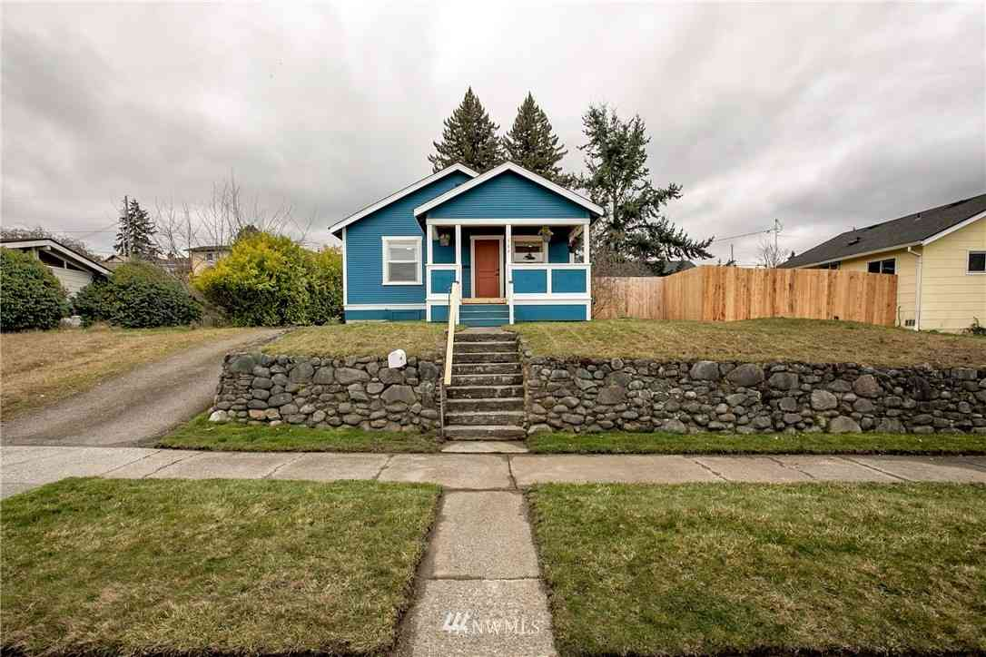 506 E 10th, Port Angeles, WA, 98362,