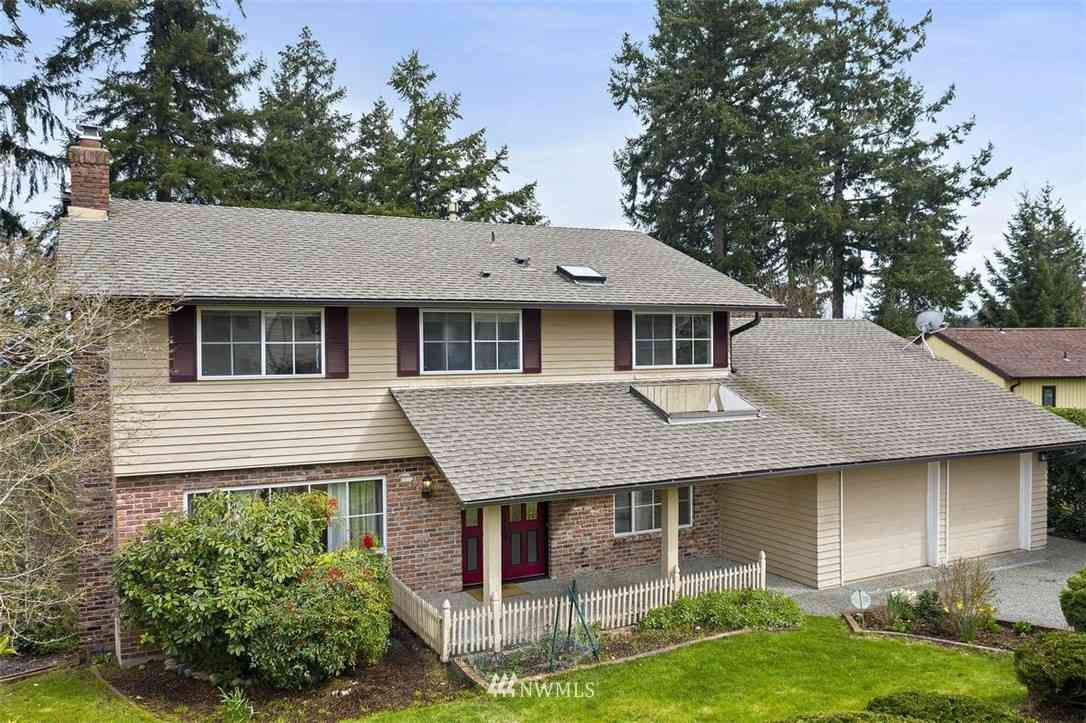 4412 144th Avenue SE, Bellevue, WA, 98006,