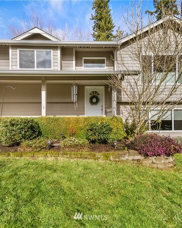 7349 E Raintree Lane Port Orchard, WA, 98366