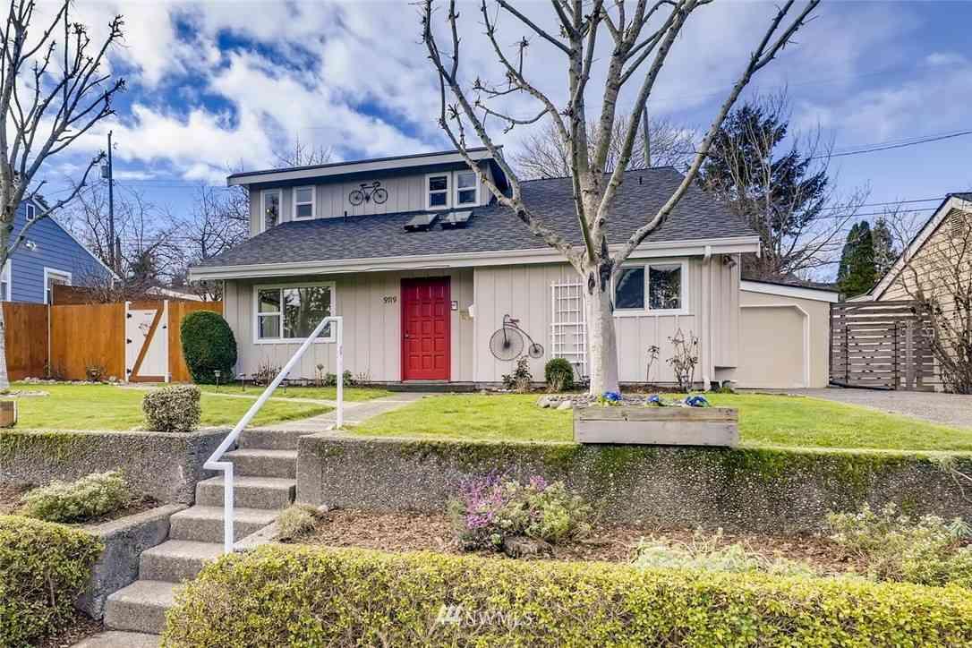 9719 32nd Avenue SW, Seattle, WA, 98126,