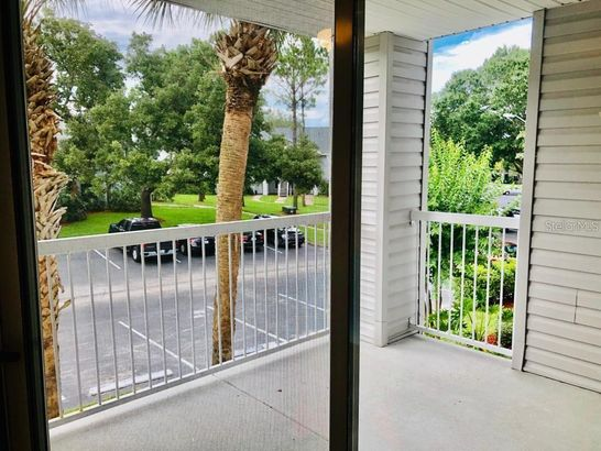 2549 GRASSY POINT DRIVE #203