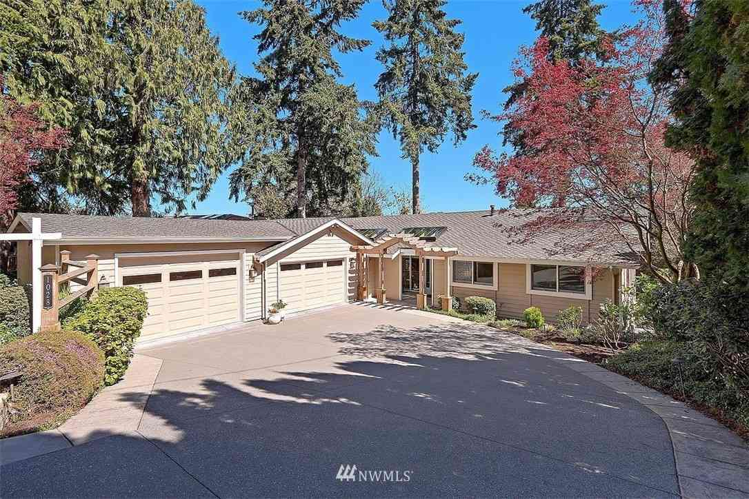 1028 109 Avenue SE, Bellevue, WA, 98004,