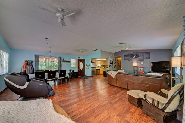 8180 ANCHOR POINT DRIVE
