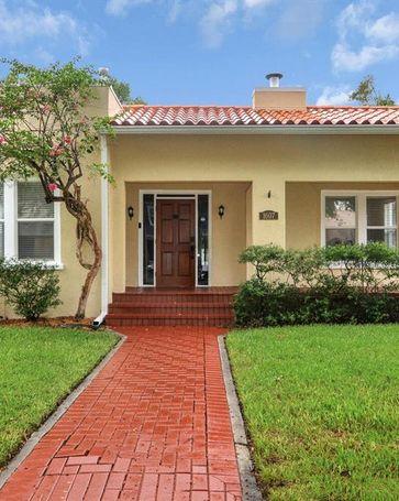 1607 S ARRAWANA AVENUE Tampa, FL, 33629