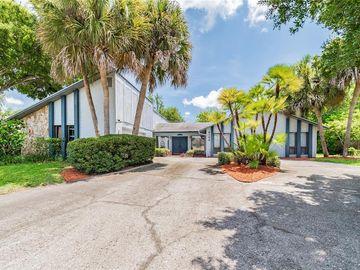 8100 CANTERBURY CIRCLE, Seminole, FL, 33777,