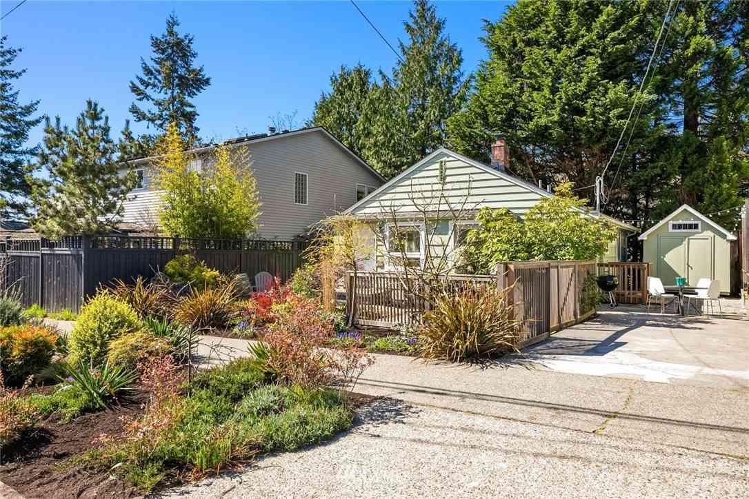 6447 Marshall Avenue SW, Seattle, WA, 98136,