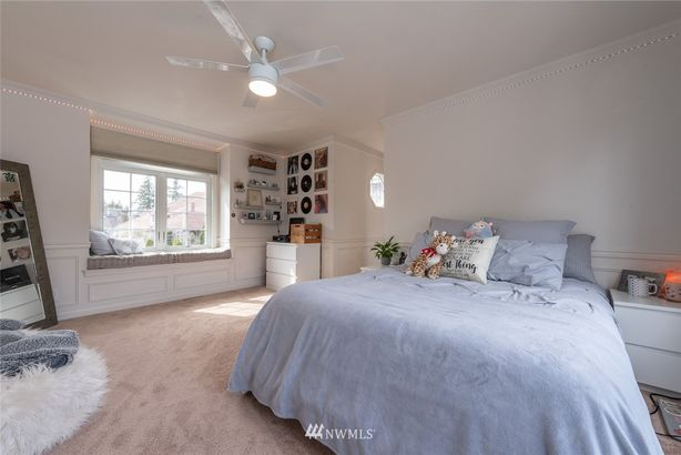 33648 7th Place SW