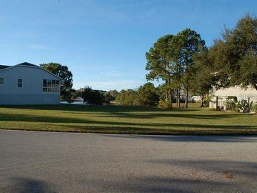 Undisclosed Address, Tarpon Springs, FL, 34689,