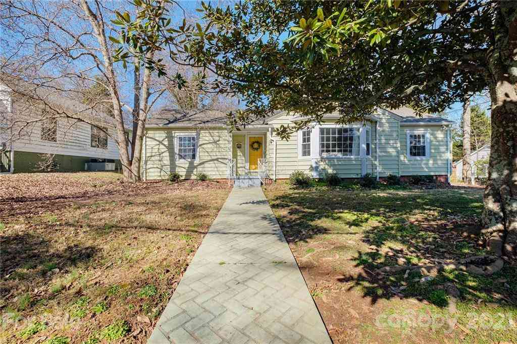 61 Creswell Drive, Concord, NC, 28025,