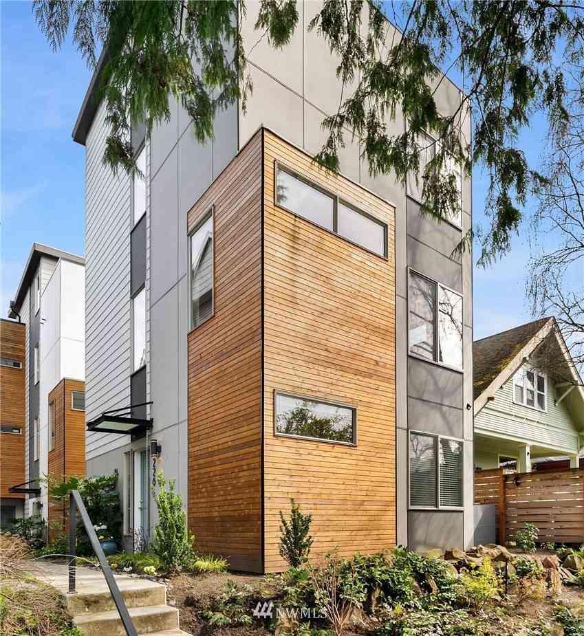 5226 12th Avenue NE, Seattle, WA, 98105,