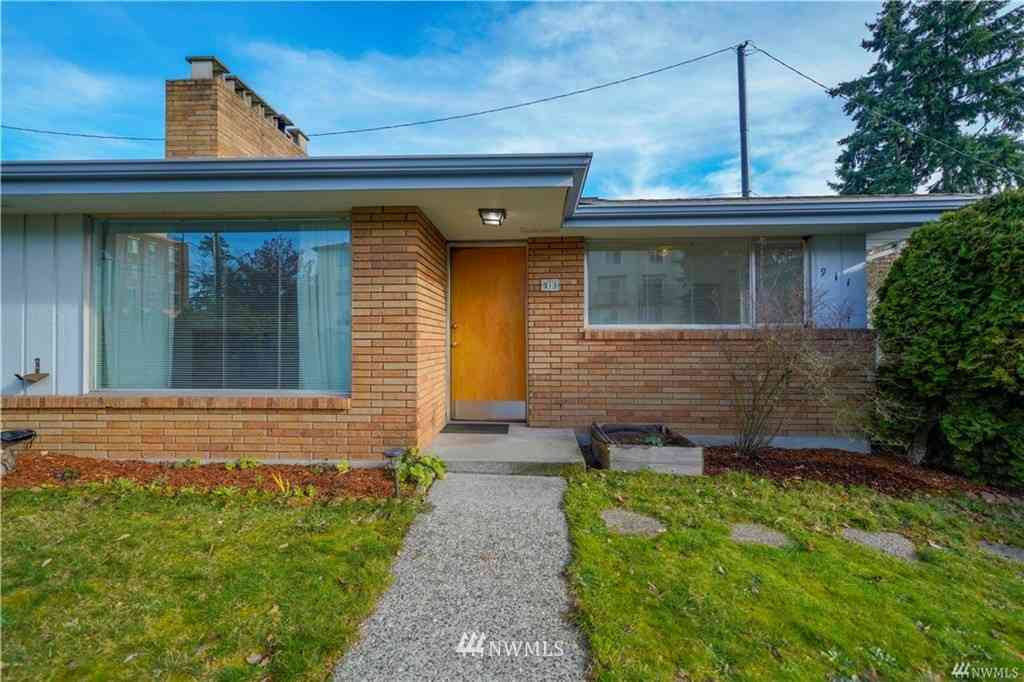 913 N 130th Street, Seattle, WA, 98133,